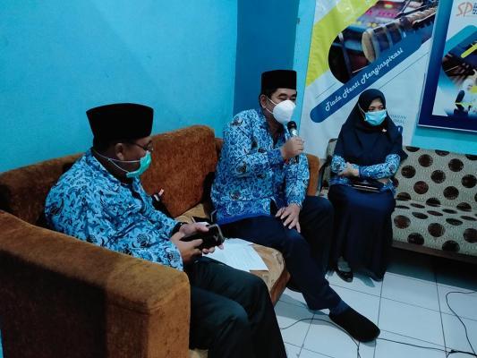 PENYULUHAN HUKUM LEWAT RADIO SUARA PASURUAN FM